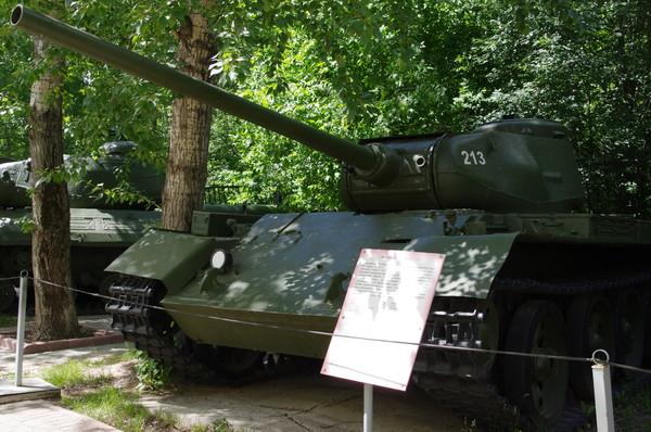 Средний танк Т-44
