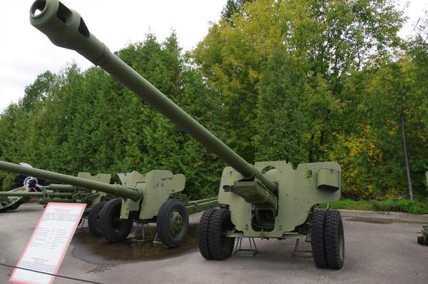 100-мм полевая пушка образца 1944 года (БС-3) в экспозиции Центрального музея Великой Отечественной войны 1941-1945 гг.