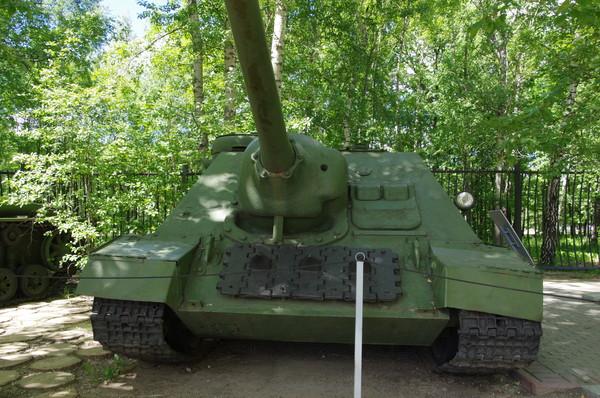Самоходная артиллерийская установка СУ-100 в Центральном музее Великой Отечественной войны 1941-1945 гг.