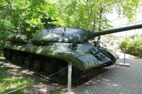 Тяжёлый танк ИС-3 (Центральный музей Великой Отечественной войны 1941-1945 гг.)