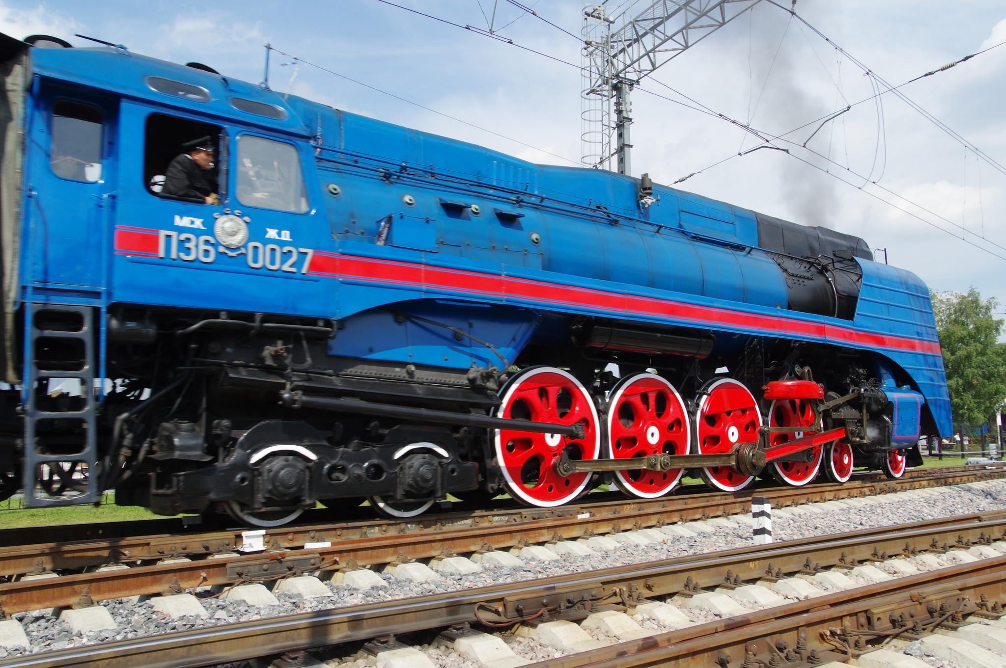 Магистральный пассажирский паровоз П36-0027