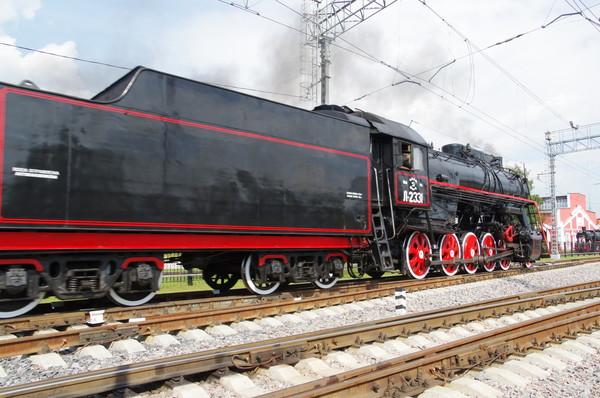 Магистральный грузовой паровоз Л-2331 в депо Подмосковная (Москва)