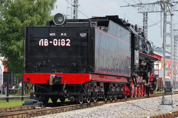 Паровоз ЛВ-0182 в депо Подмосковная (Москва)