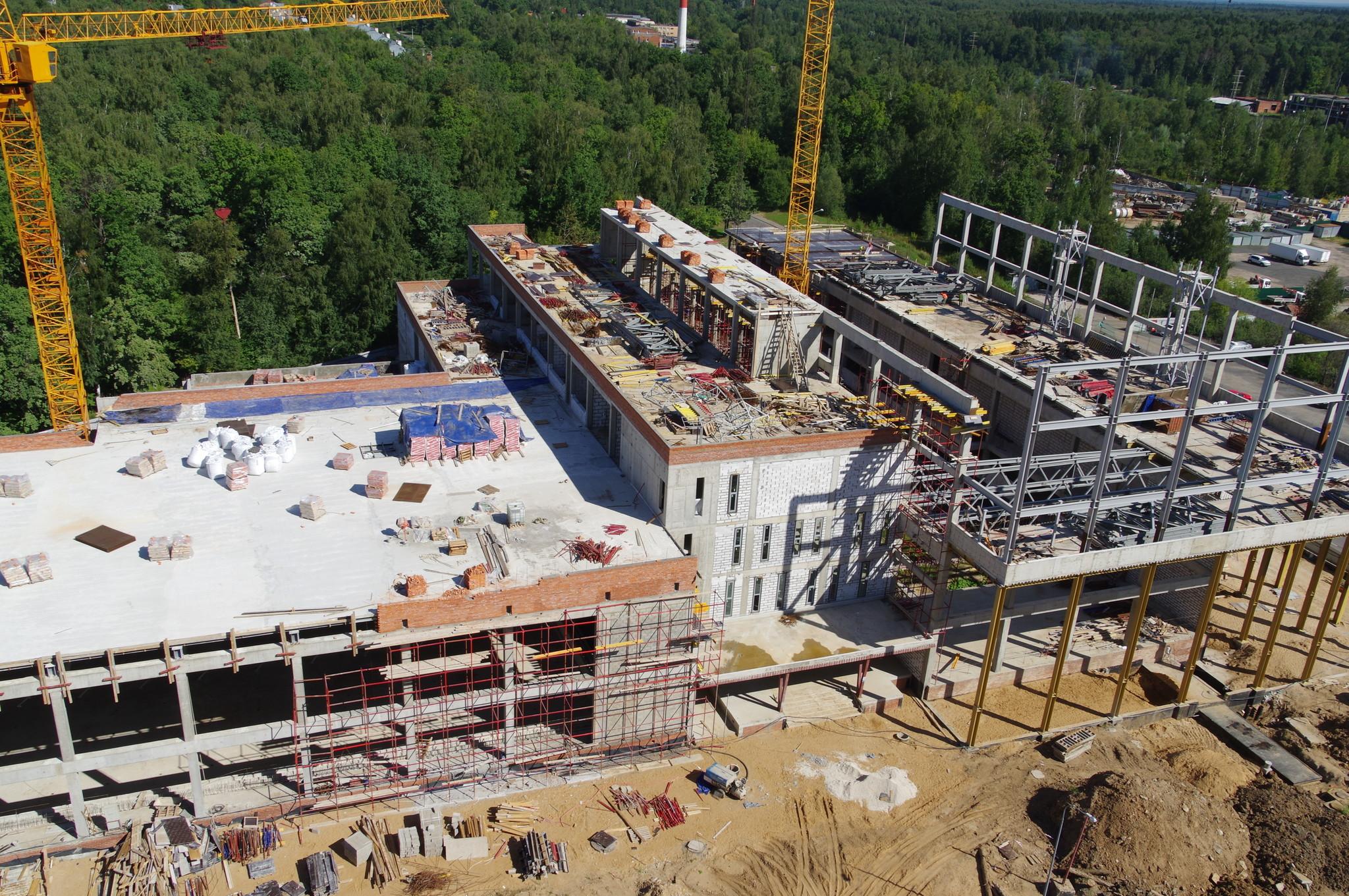 Строительство спортивного комплекса с бассейном у школы олимпийского резерва «Северный» (9-я Северная линия, дом 1б)