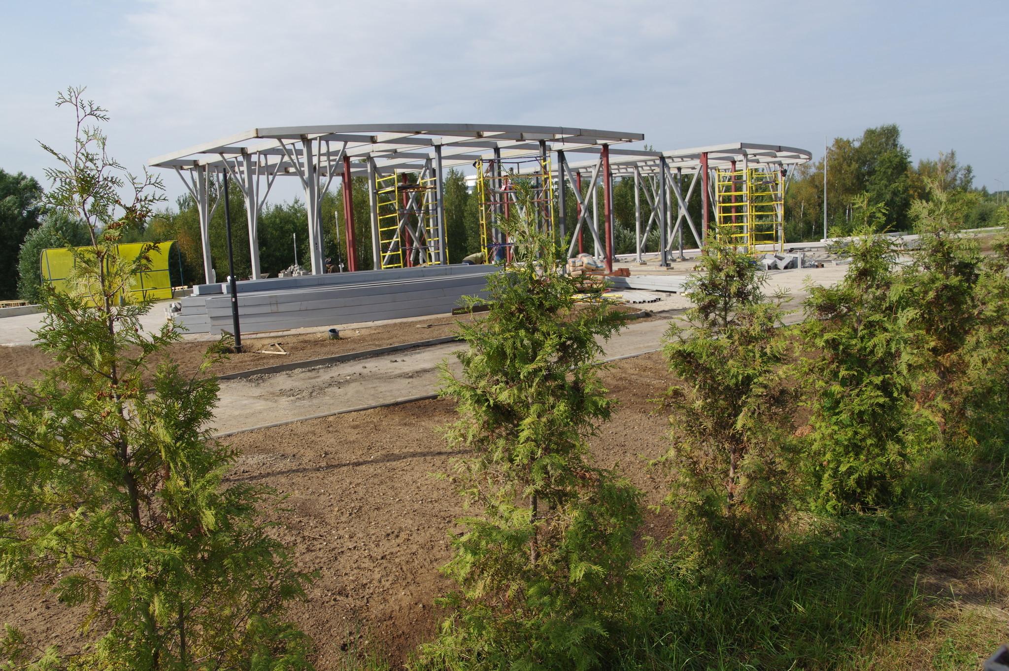 Входная группа рекреационной парковой зоны «Долгие пруды»