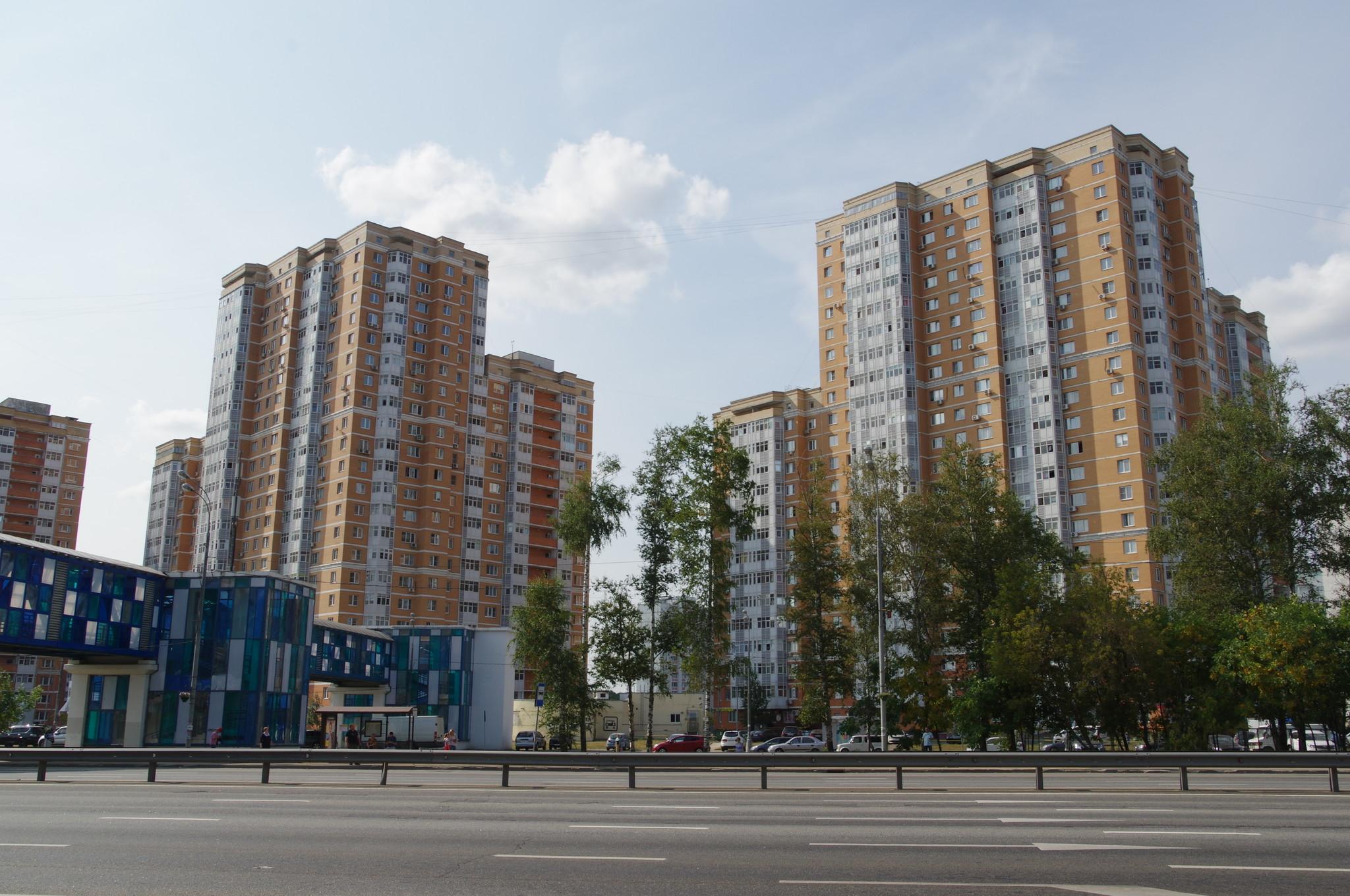 Выделенная полоса по Дмитровскому шоссе от МКАД до въезда в 4-й микрорайон Северного