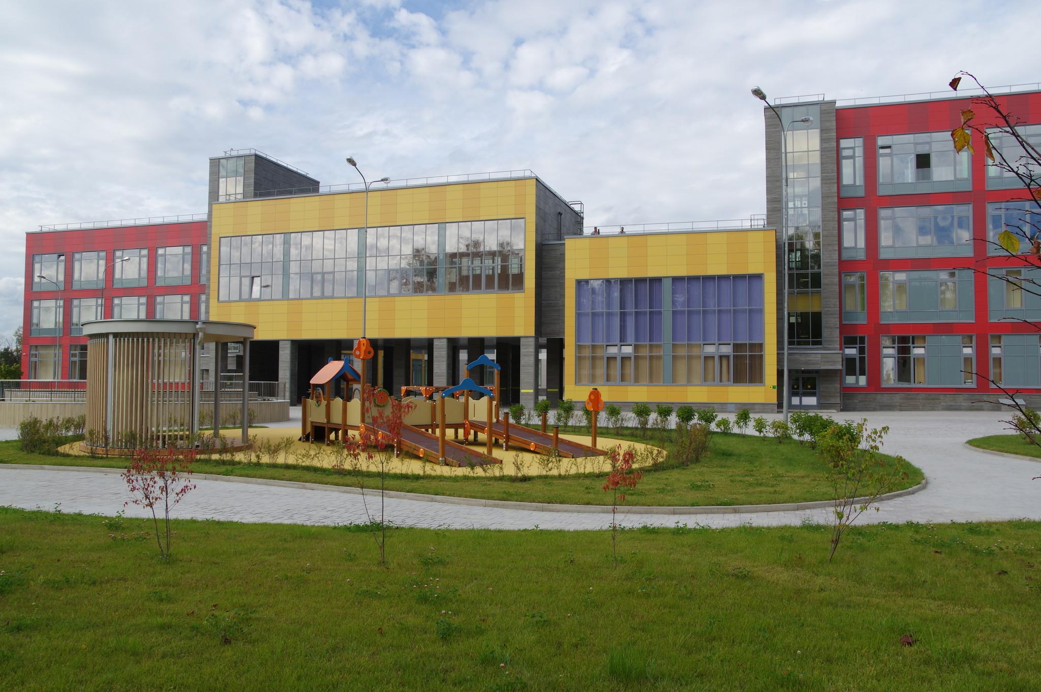 Здание ГБОУ Школа № 2044 (Долгопрудная аллея, дом 16)