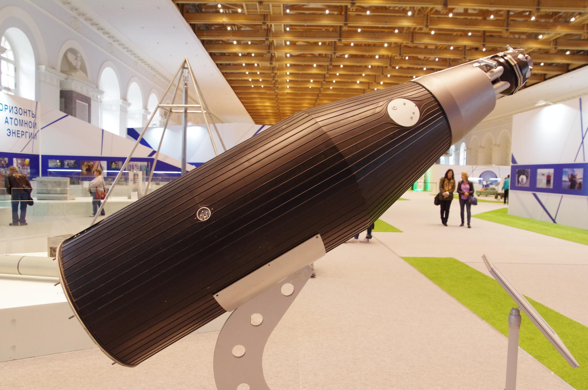Модель космического реактора для питания бортовой космической аппаратуры «Бук»