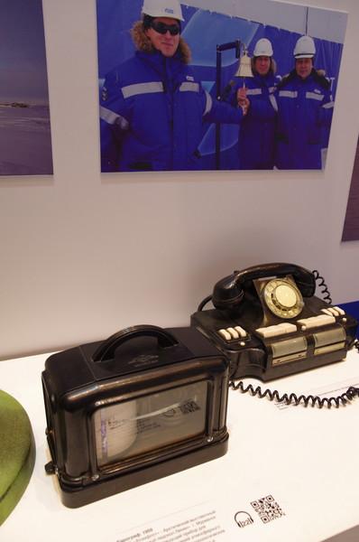 Барограф (1959 год) и телефон (1985 год)