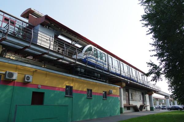 Станция монорельса «Улица Сергея Эйзенштейна»