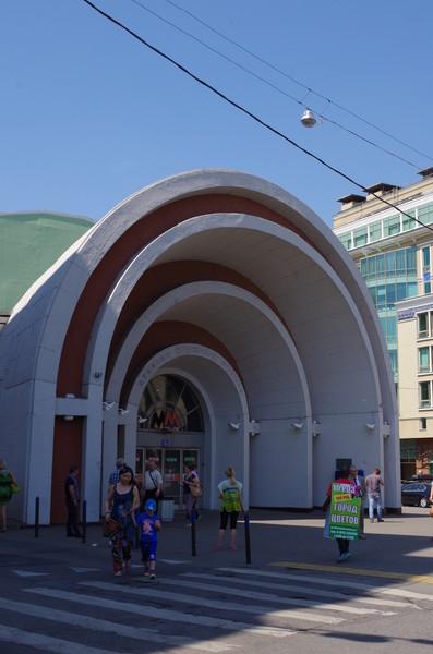 Станция «Красные ворота» построена по проекту архитектора Ивана Александровича Фомина
