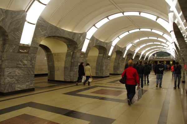 Станция метро «Чкаловская» Люблинско-Дмитровской линии