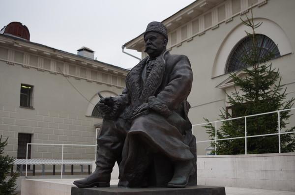 Памятник Владимиру Алексеевичу Гиляровскому