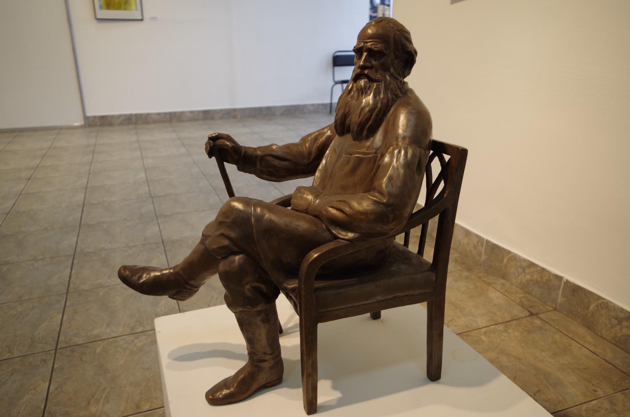 Лев Николаевич Толстой. Николай Быстров, бронза, 2014