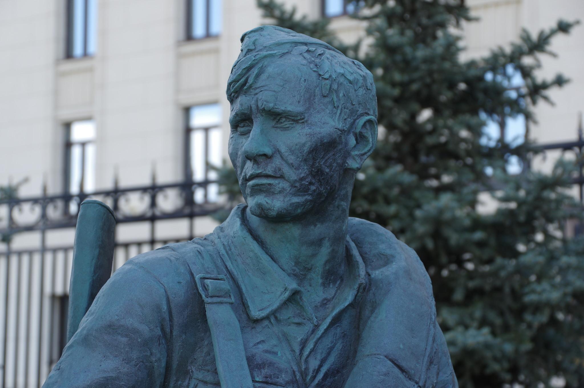 Василий Макарович Шукшин в роли Петра Лопахина