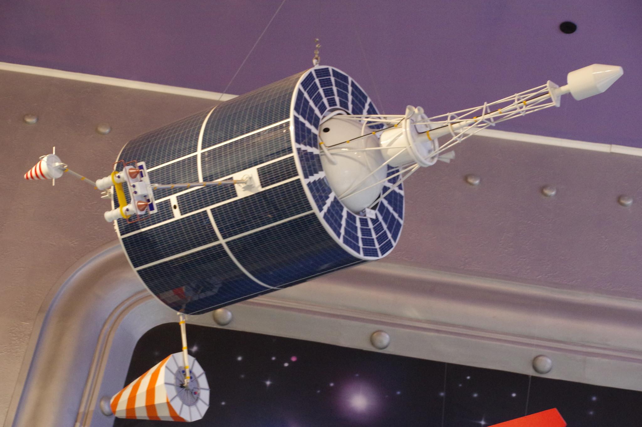 ИСЗ системы «КОСПАС-CAPCAT». 1982 г. Мемориальный музей космонавтики (Проспект мира, дом 111)
