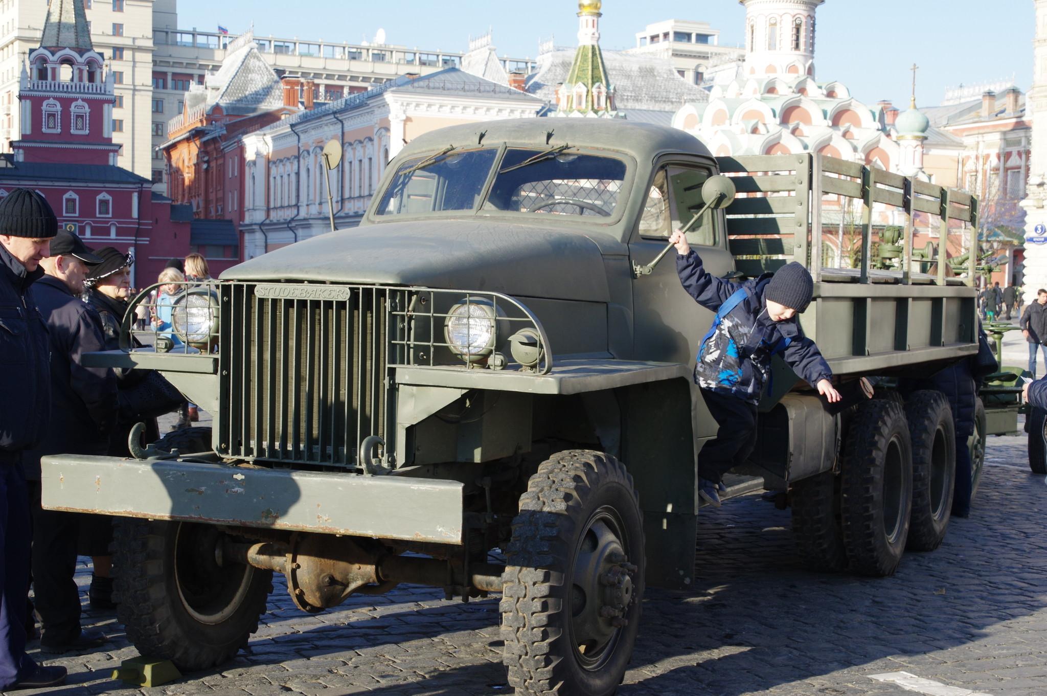 Трёхосный грузовой автомобиль Studebaker US6