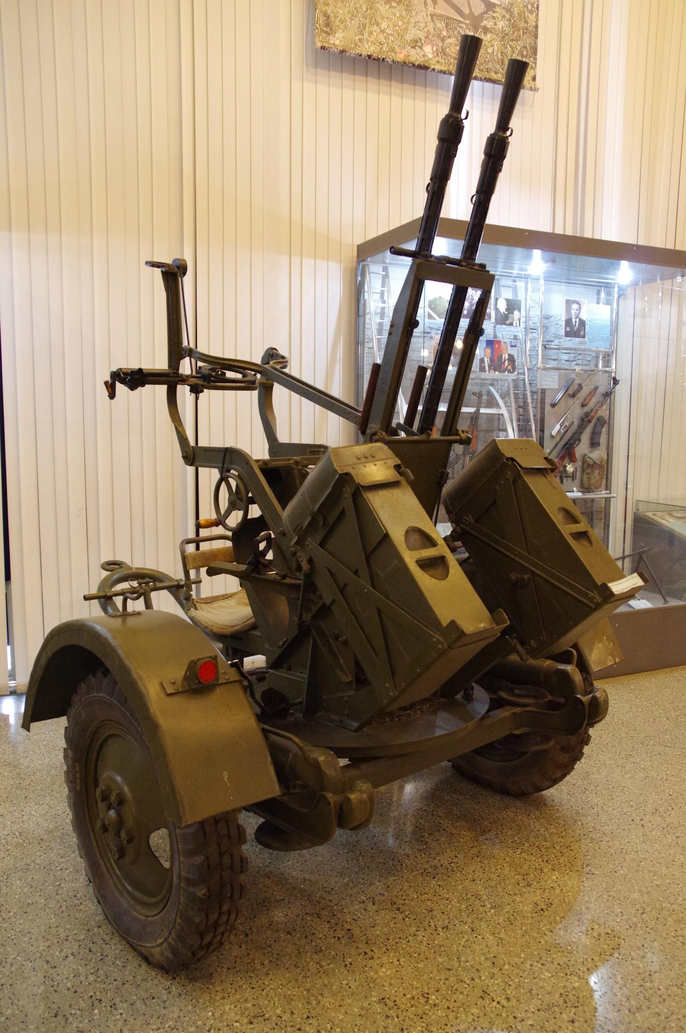 Спаренная зенитно-пулемётная установка ЗПУ-2 в экспозиции Центрального музея Вооружённых сил Российской Федерации