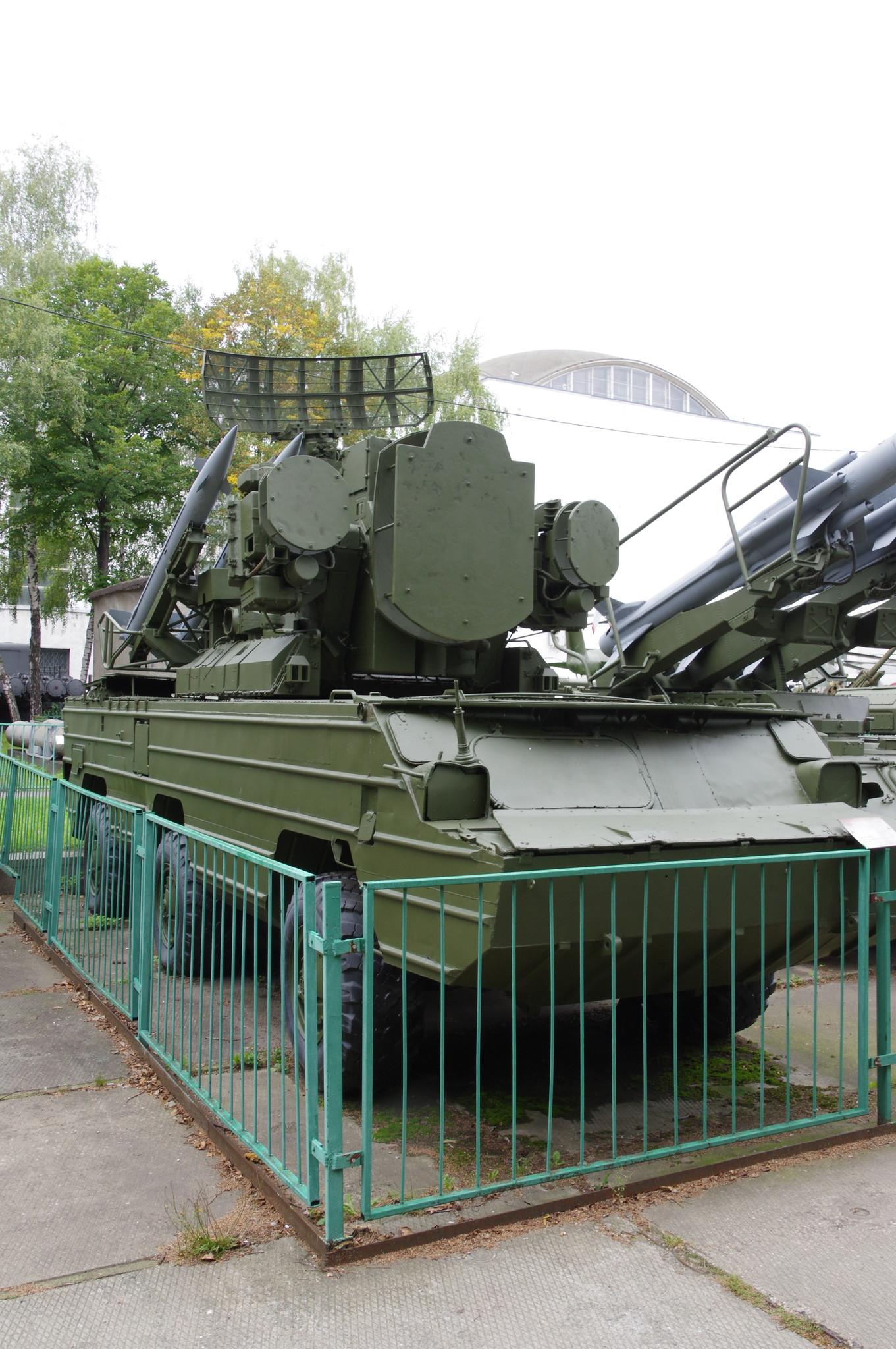 Самоходная зенитная ракетная установка «Оса»