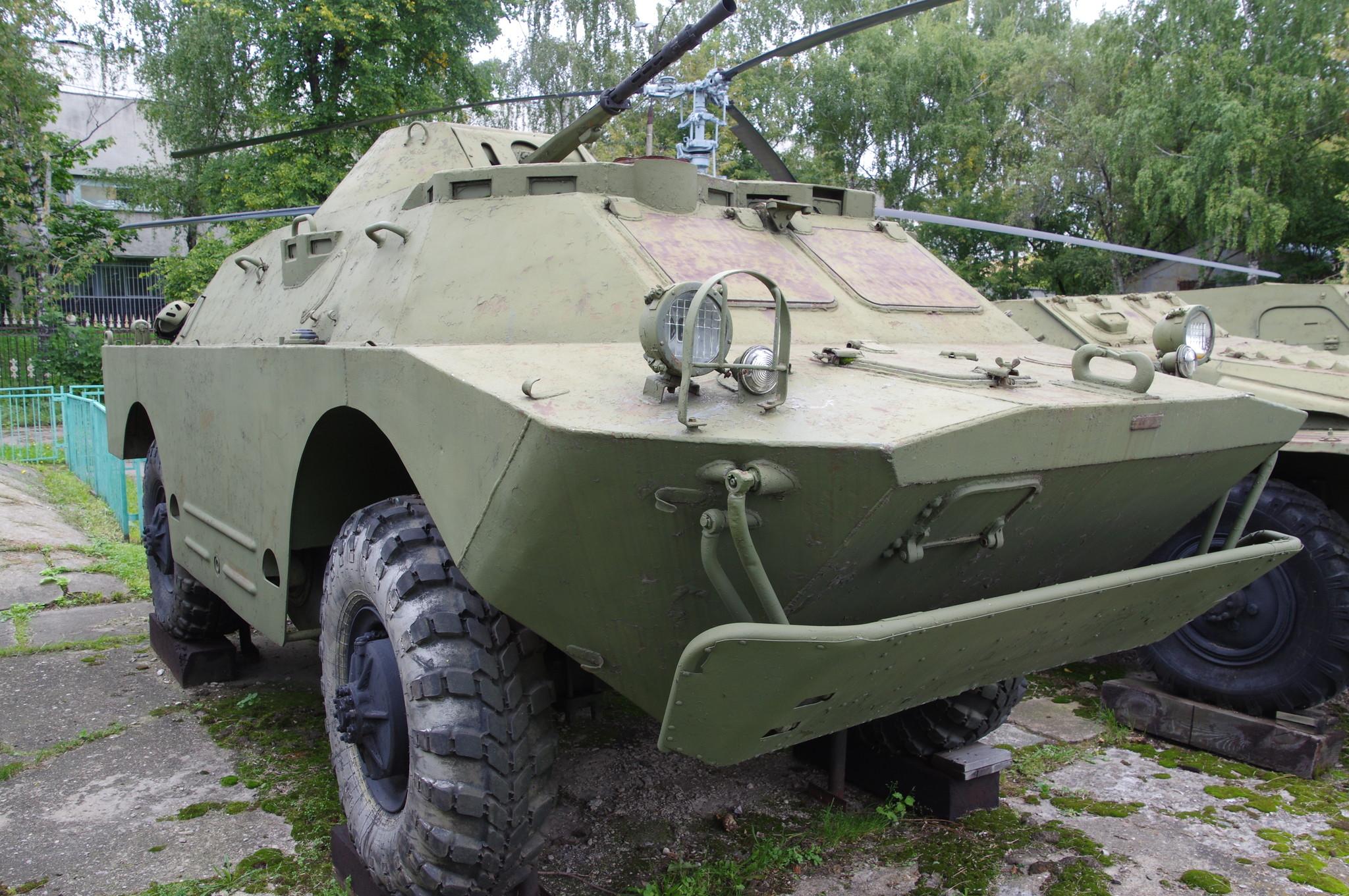 Бронированная разведывательно-дозорная машина БРДМ-2 (1962 г.) в экспозиции Центрального музея Вооружённых сил Российской Федерации