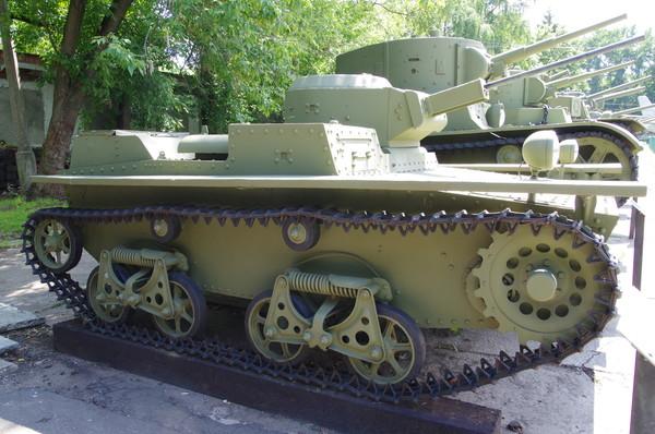 Малый плавающий танк Т-38