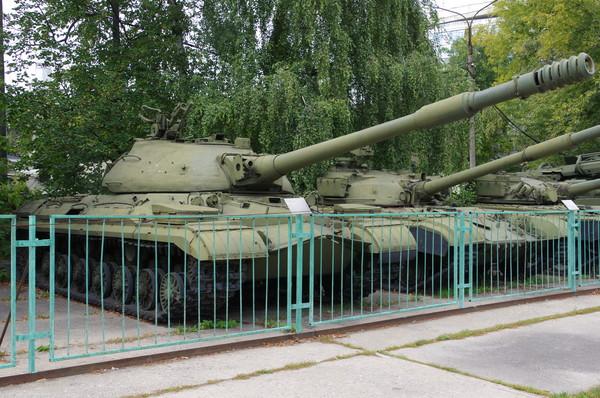Тяжёлый танк Т-10М. Центральный музей Вооруженных сил Российской Федерации (улица Советской Армии, 2)