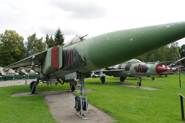 Реактивный истребитель МиГ-23С в экспозиции Центрального музея Вооружённых сил Российской Федерации