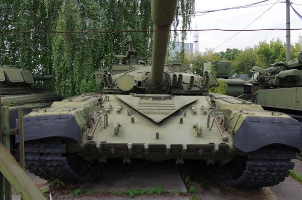 Основной боевой танк Т-80 1976 г. Центральный музей Вооружённых сил Российской Федерации