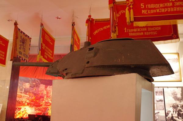 Башня танка Т-34-76 с пушкой Ф-34, участвовавшего в Сталинградской битве (Центральный музей Вооружённых сил Российской Федерации)