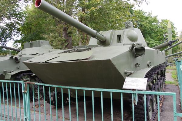 Самоходное артиллерийское орудие 2С9 «НОНА-С» в Центральном музее Вооружённых сил Российской Федерации