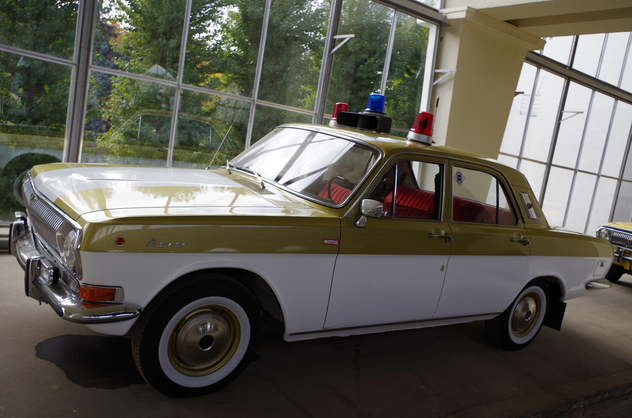 ГАЗ-24 «Волга». Автомобиль экскорта олимпийского огня XXII летних олимпийских игр в Москве