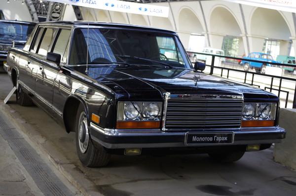 Автомобиль ЗИЛ-41045