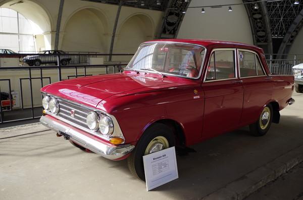 Легковой автомобиль «Москвич-408». Улучшенная четырёхфарная комплектация