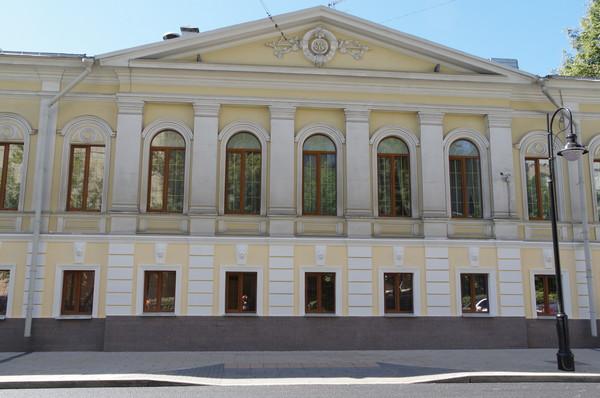 Жилой дом купца Х. Павлова (М.Х. Суровцевой). Улица Спиридоновка, дом 9