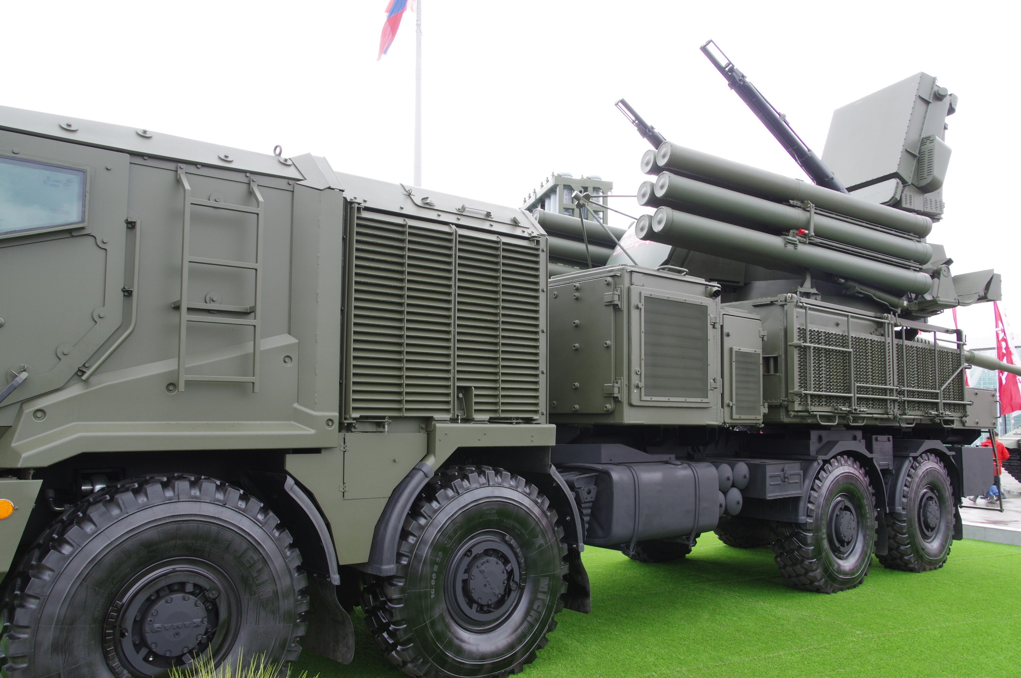 Зенитный ракетно-пушечный комплекс ближнего действия «Панцирь-СМ»