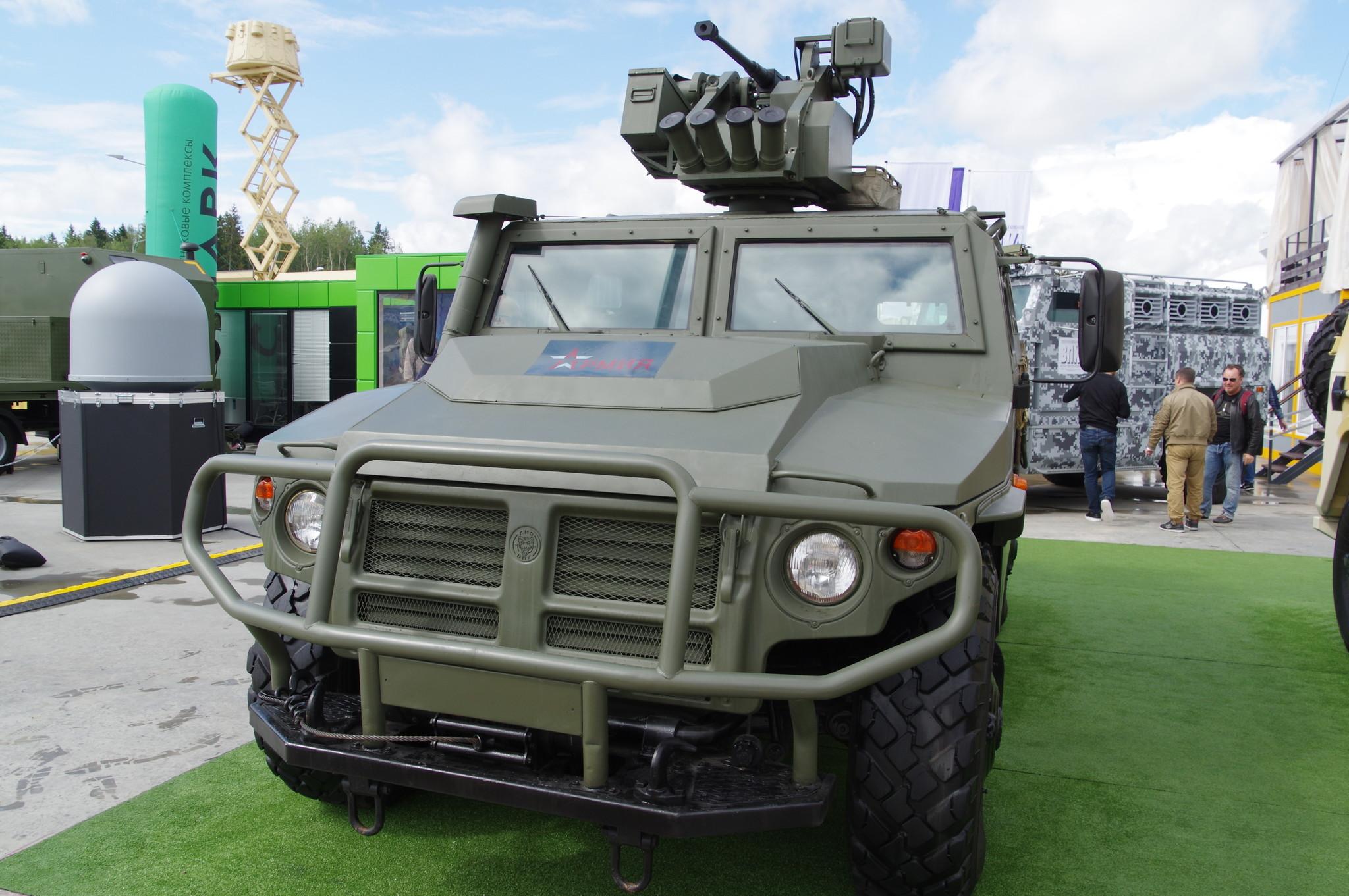 Бронеавтомобиль многоцелевого назначения «Тигр-М» АМН 233114, оснащённый дистанционно-управляемым модулем «Арбалет-ДМ» с 23-мм автоматической пушкой АП-23