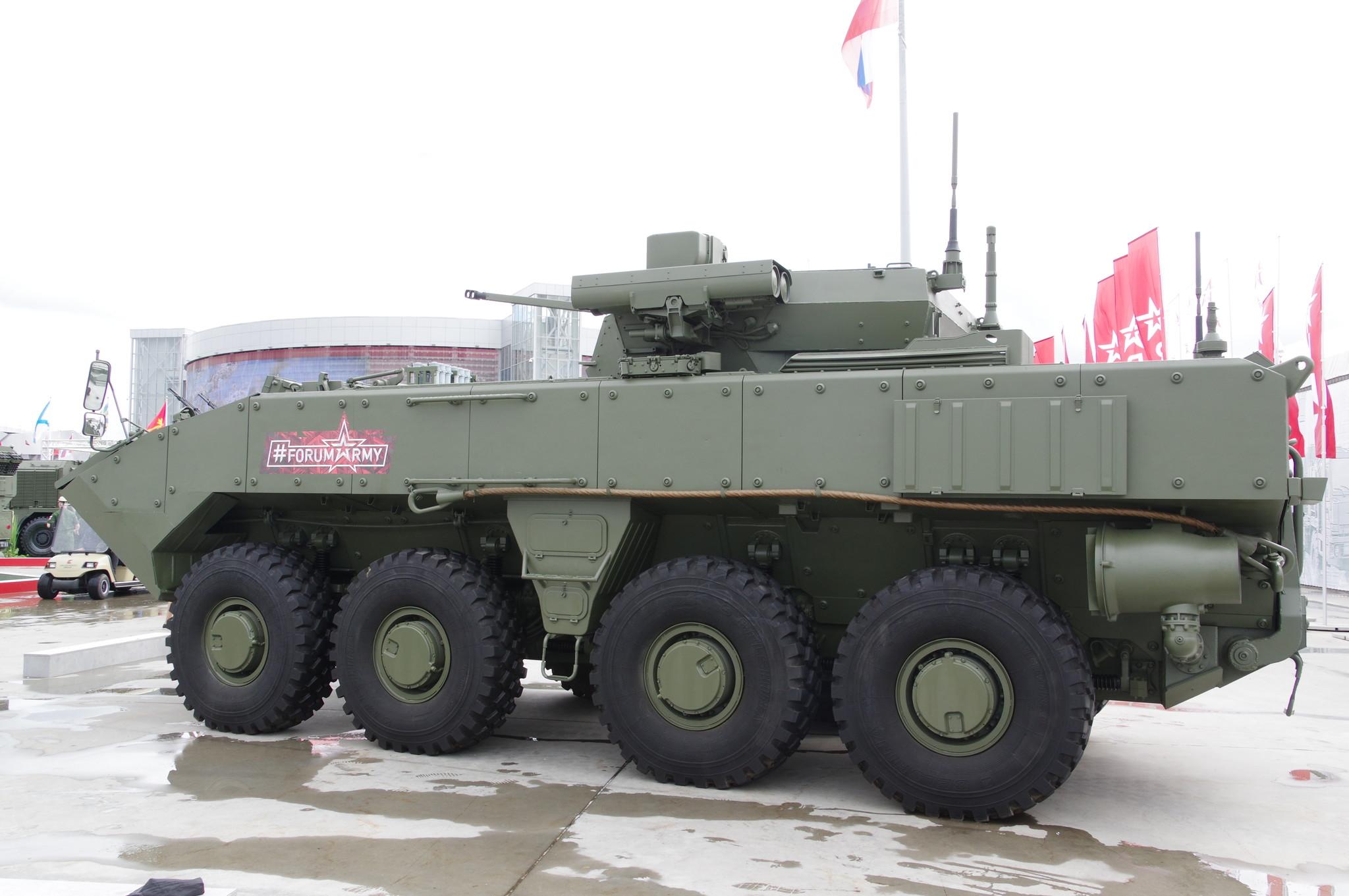 Боевая машина пехоты на базе унифицированной колёсной бронированной платформы «Бумеранг»