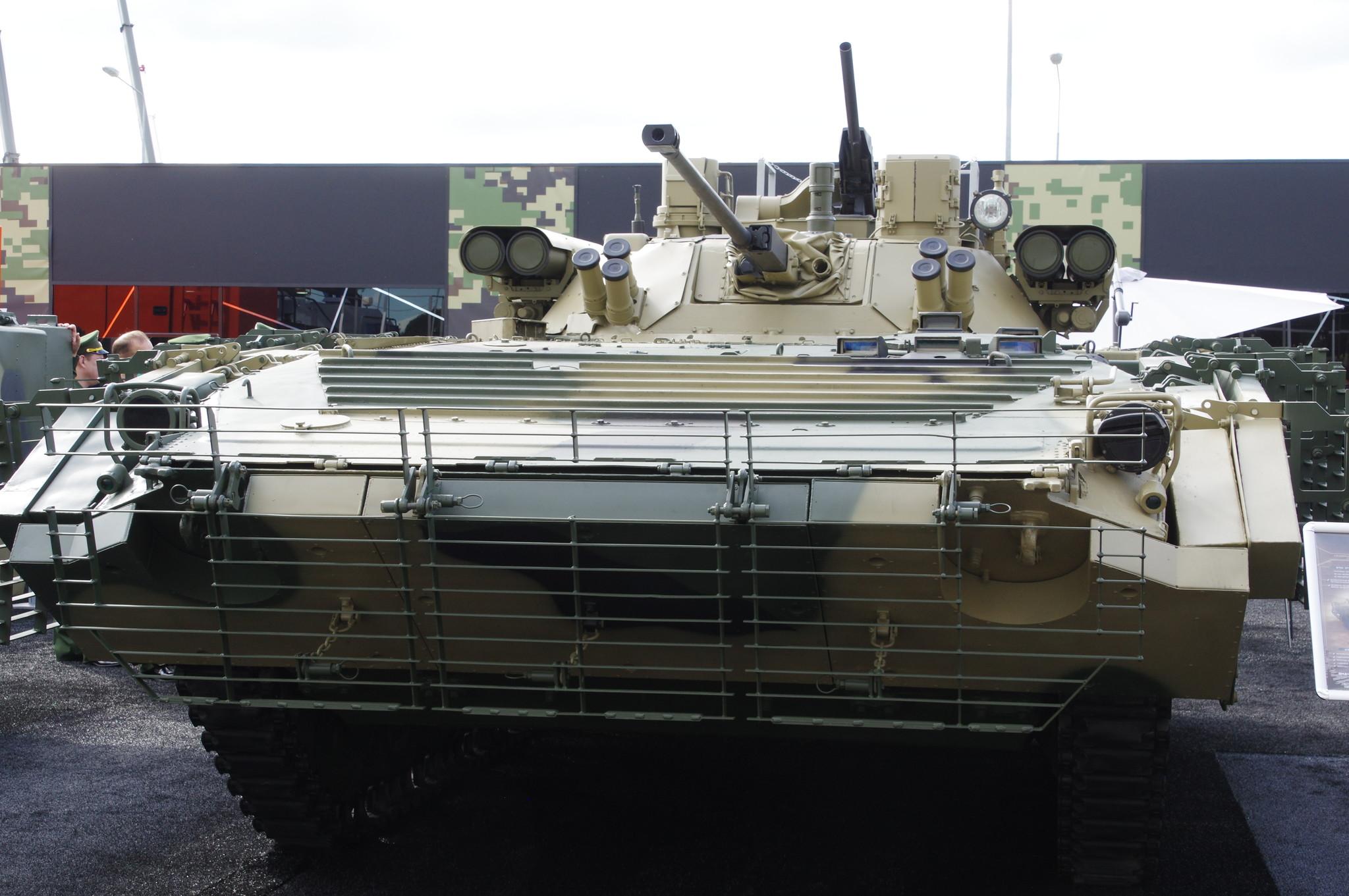 Модернизированная боевая машина пехоты БМП-2М с боевым отделением «Бережок»