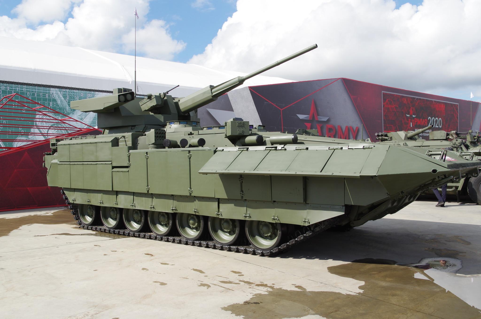 Боевая машина пехоты «Армата» Т-15 с боевым модулем «Кинжал»