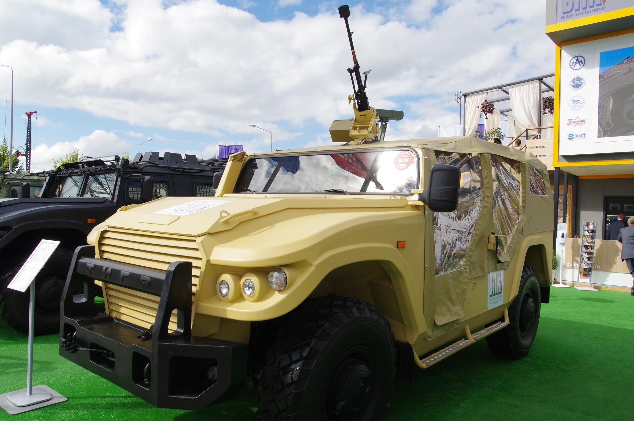 Автомобиль СБМ ВПК-233136 «Тигр» (в исполнении «Багги»)