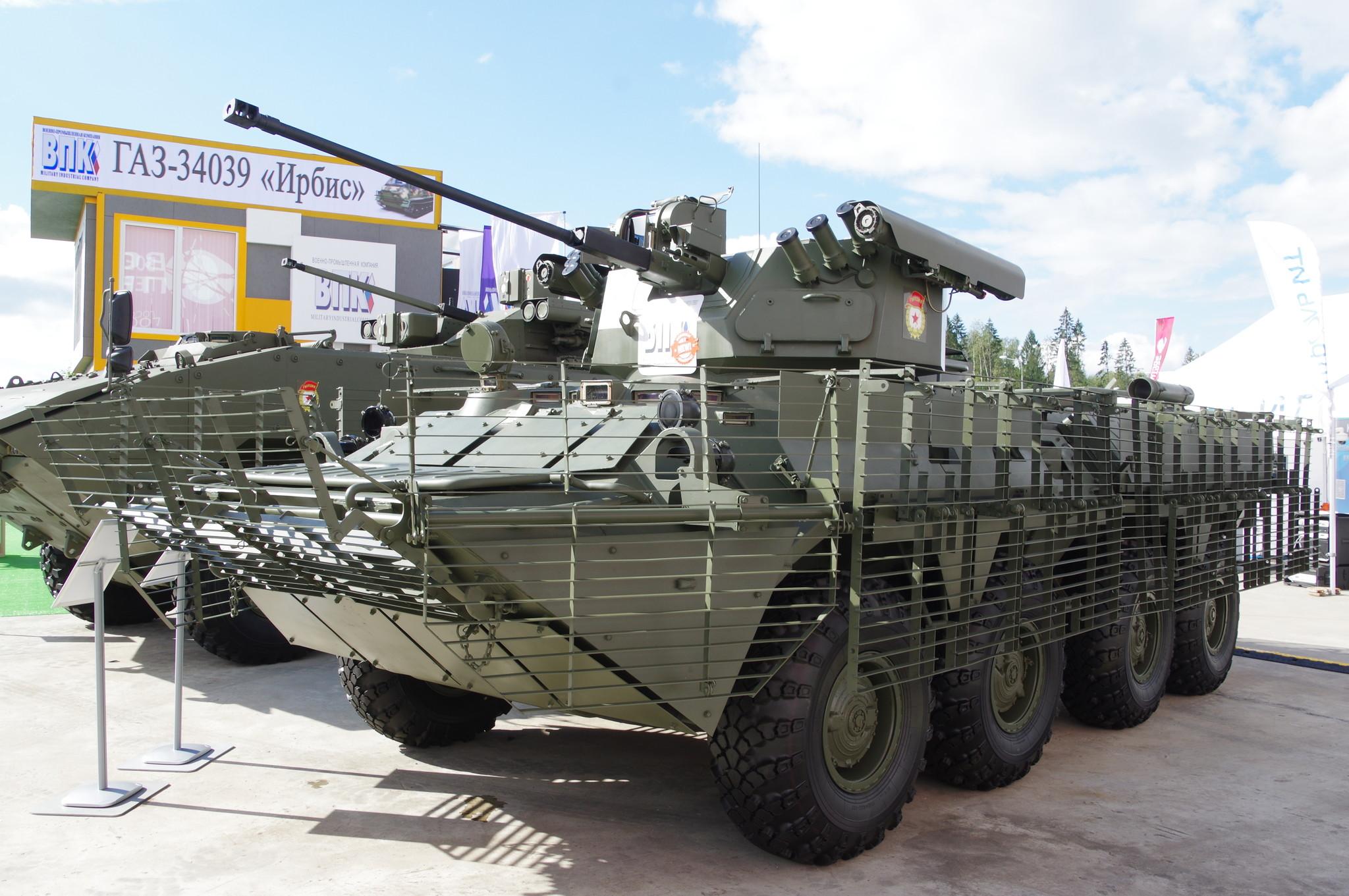 Бронетранспортёр БТР-82АТ с дистанционно управляемым боевым модулем БТР-БМ
