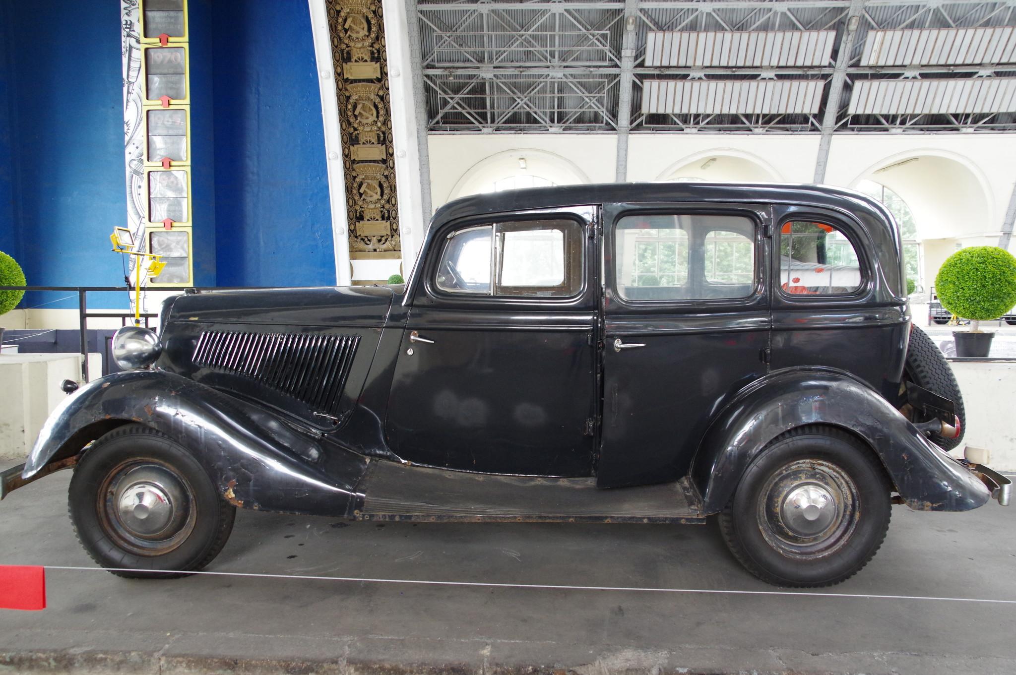 Легковой автомобиль ГАЗ-М-1