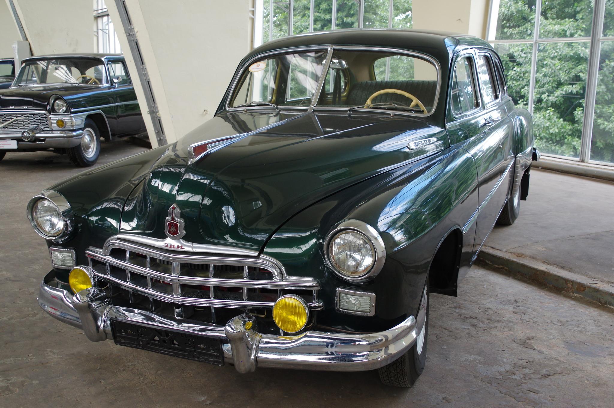 Автомобиль ЗИМ (ГАЗ-12)