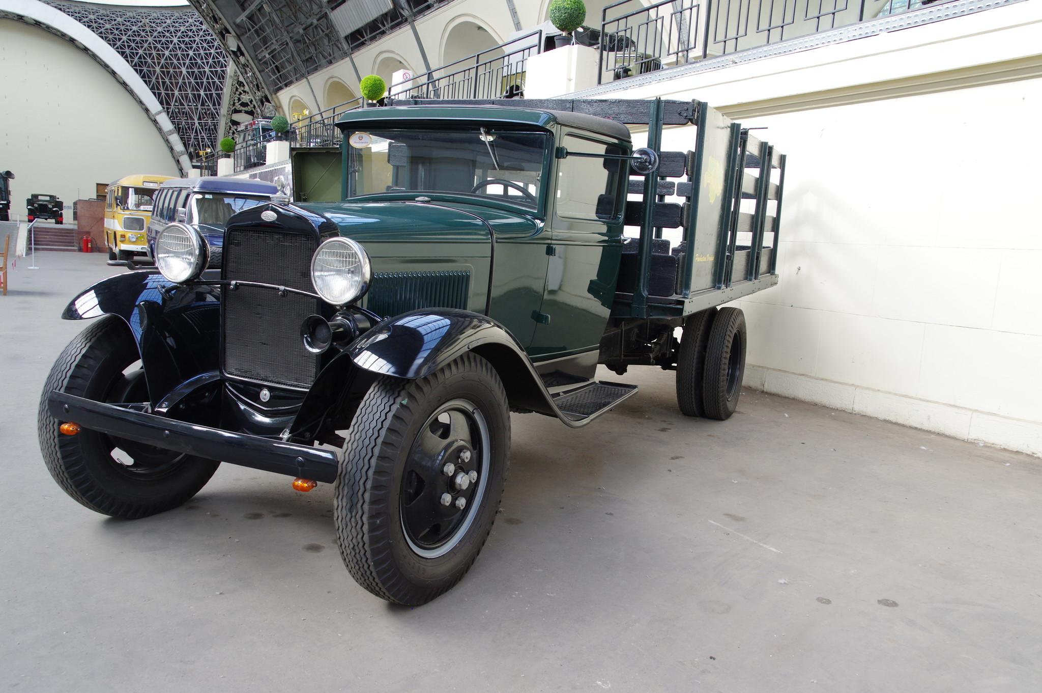 Ford Model AA — грузовой автомобиль компании Ford