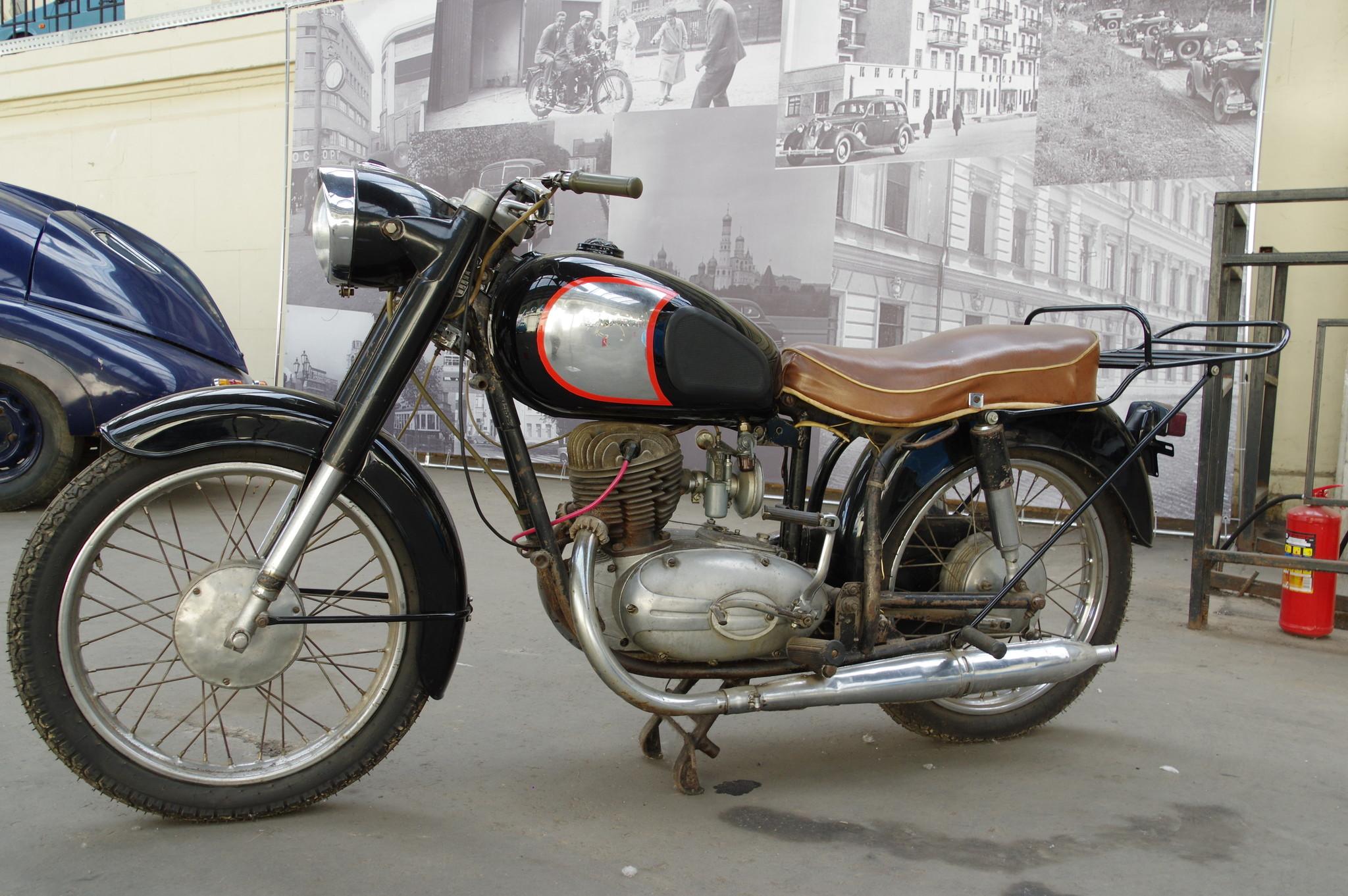 Мотоцикл «Паннония» модель T5