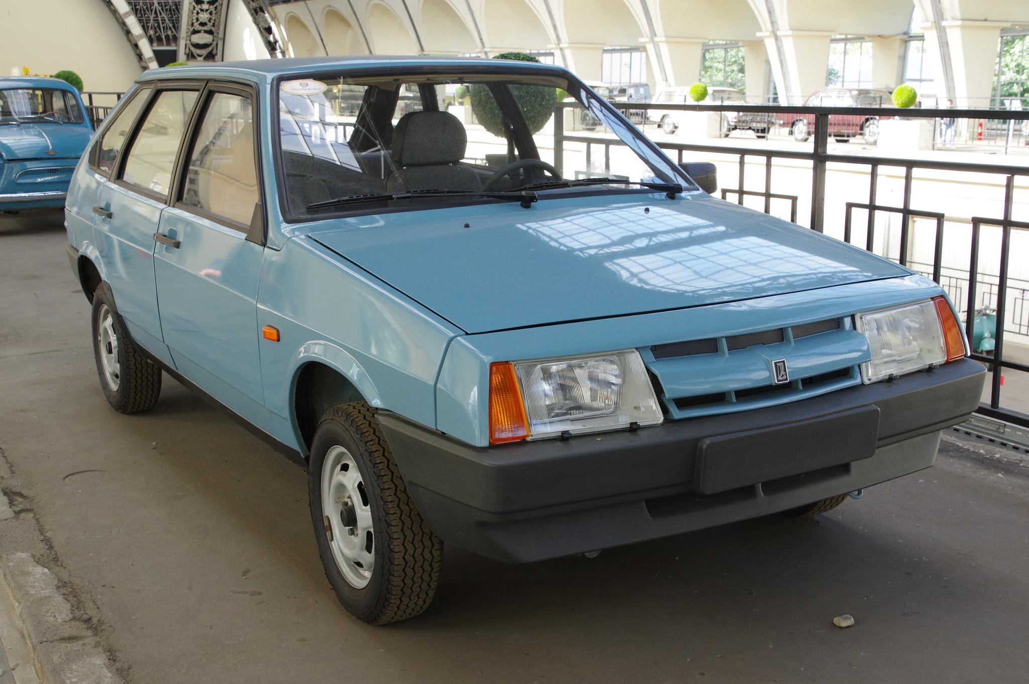 Автомобиль ВАЗ-2109 «Спутник»