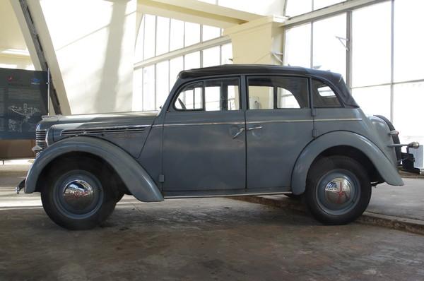 «Москвич-400-420А» кабриолет