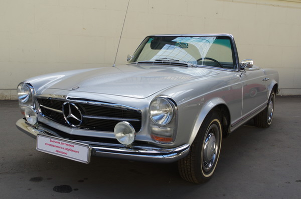 Автомобиль Mercedes-Benz 230 SL