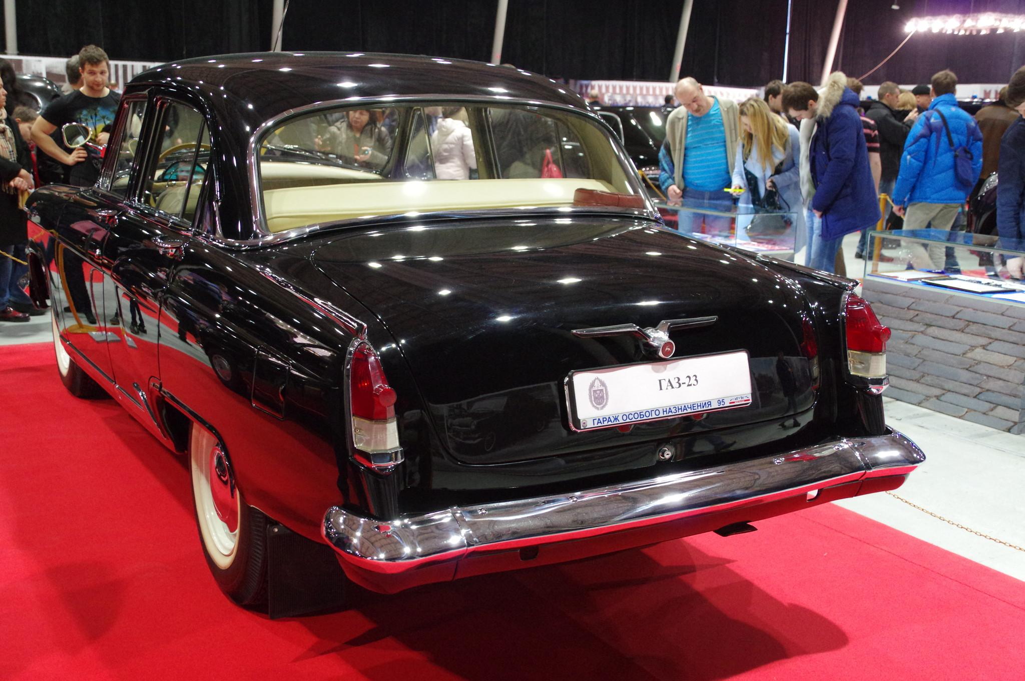 Автомобиль ГАЗ-23 «Волга»