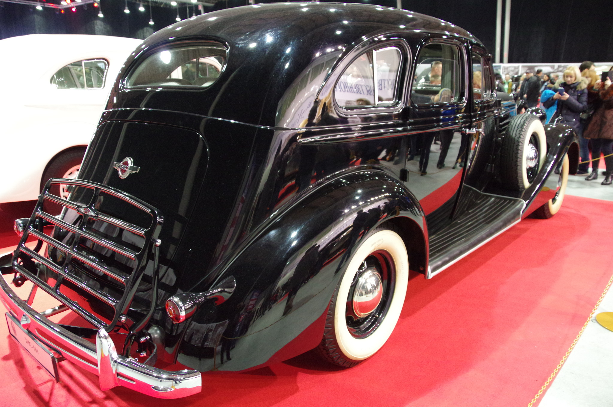 Автомобиль ЗИС-101